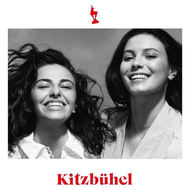 Finally its out! 😍🥰 Happy to share one sujet of my latest campaign with you.  Client: @kitzbuehel_tirol  Artdirection: @alexander_kellas  Foto: @jorkweismann  Styling & Production: @zachstyling  @barbarazach_official  Hair & Makeup: @sophiechudzikowski  Model: @romy_julie  . #blackandwhite #happy #goodmood #bigsmile #kitzbuhel #tirol #feelgood #relax #enjoylife #austria #campaign #advertising #tourismus #mywork
